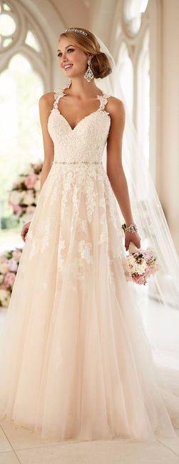 Look novia 100% romántico - Elige un vestido 2