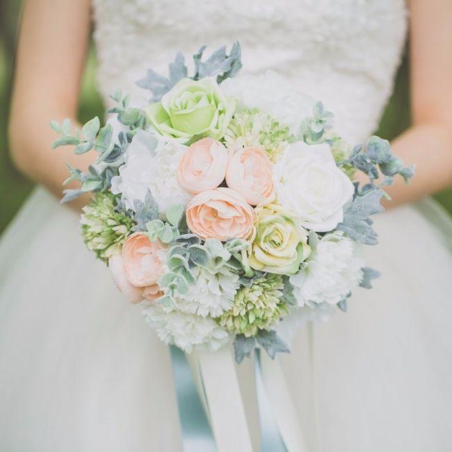 Look novia 100% romántico - Elige un bouquet 2