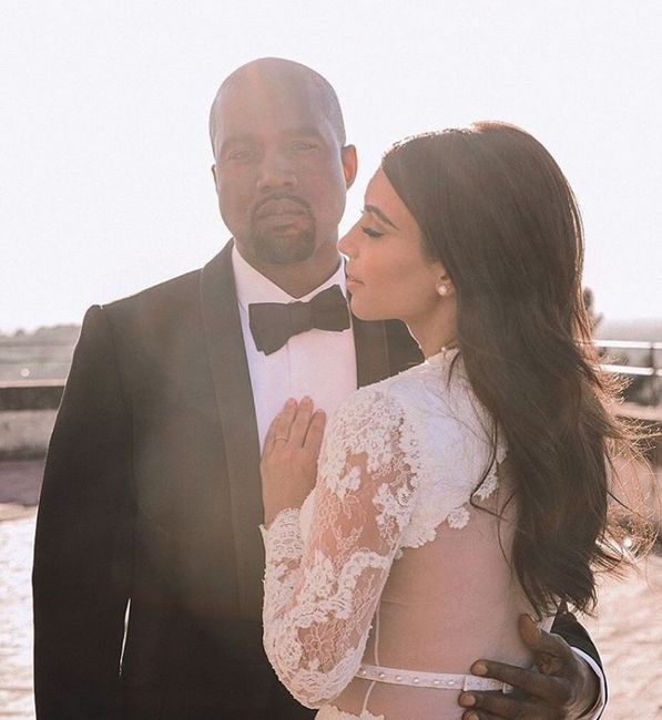 ¡Hoy esta de aniversario Kim Kardashian y Kanye West! 1