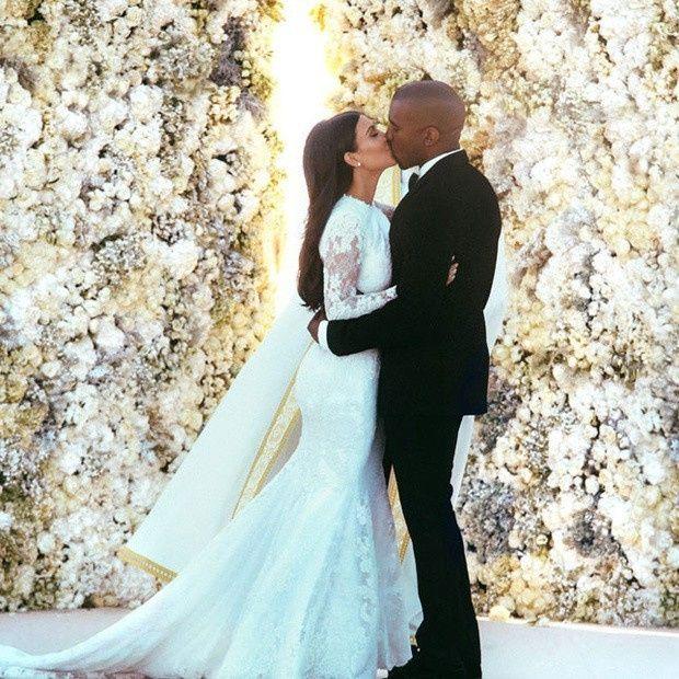 ¡Hoy esta de aniversario Kim Kardashian y Kanye West! 2