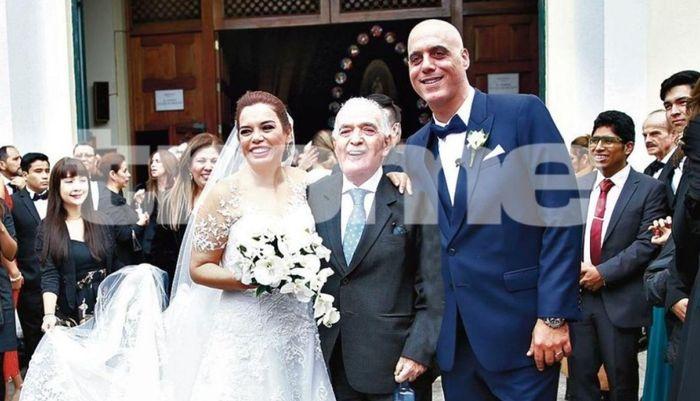 Milagros Leiva se casó 5