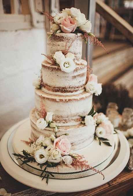 2. Estas tortas naked están muy de moda y se ven muy lindas...