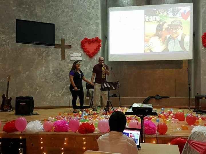 Cantando en el San Valentín