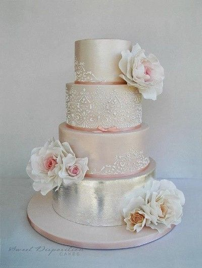 Metalic And Cristal Cake Topper