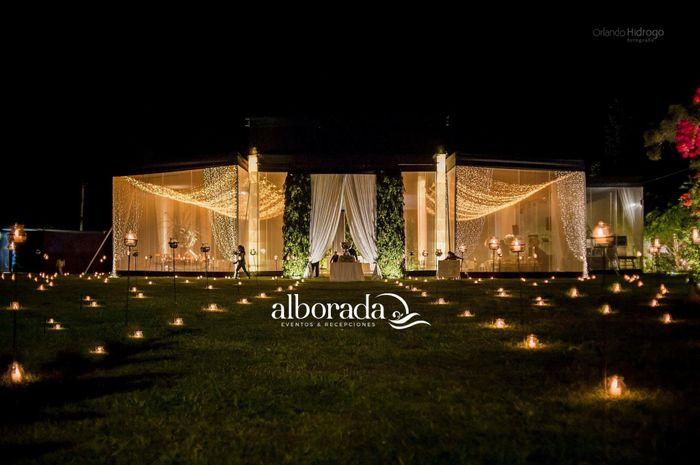 Ustedes optaron por la ayuda de una wedding planner para su boda? 2