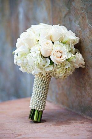 Bouquet decorado con perlas
