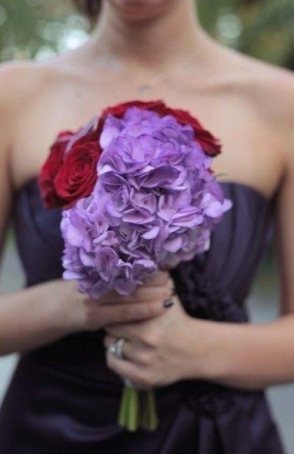bouquet de novia morado, lila, malva