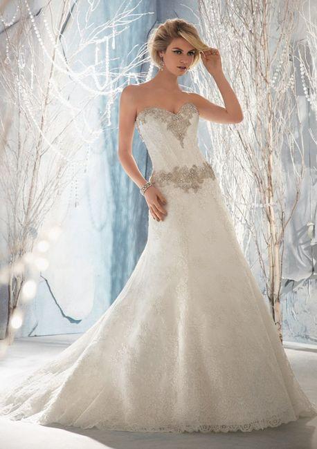 vestido de novia con pedrería