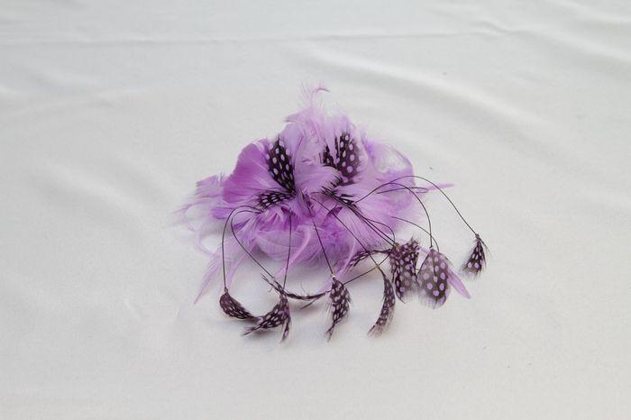 tocado lila para novia