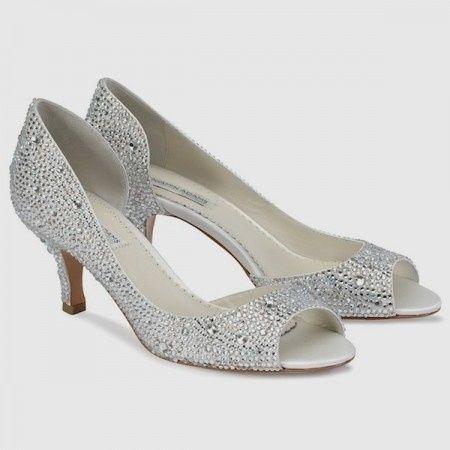 zapatos para novias con taco bajo. elige el tuyo