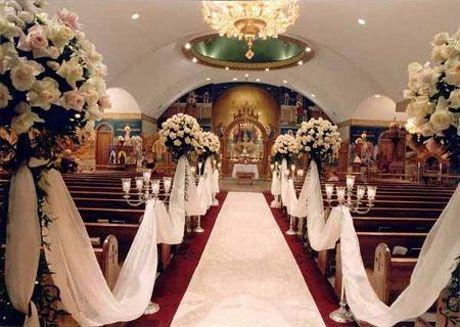 pedestales con flores para la iglesia