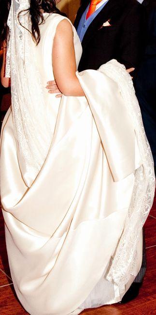 Como sujetar cola vestido novia