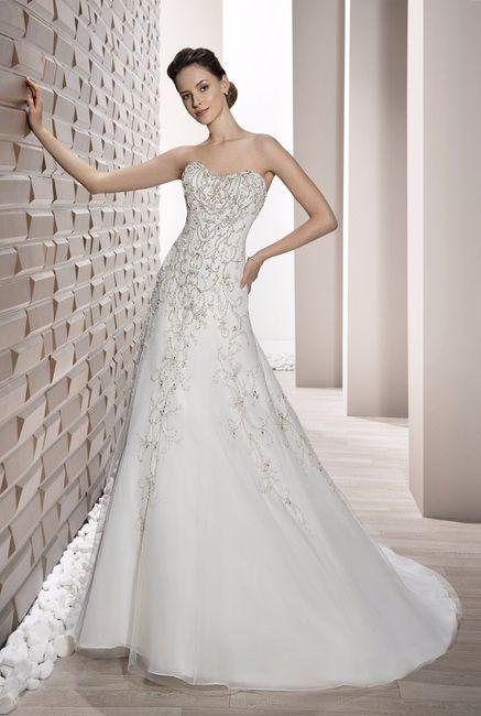 Vestido de novia con corte evase