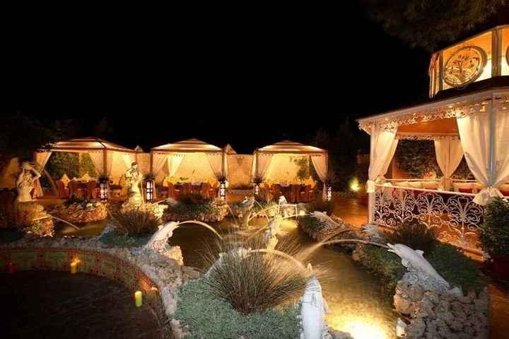 boda en jardín de noche