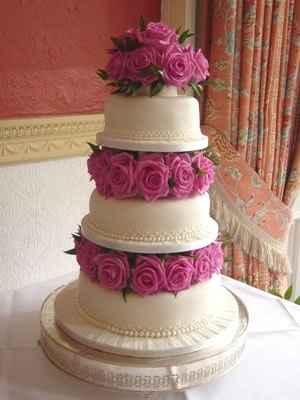torta de matrimonio con flores