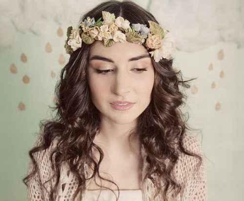 corona de flores para novia