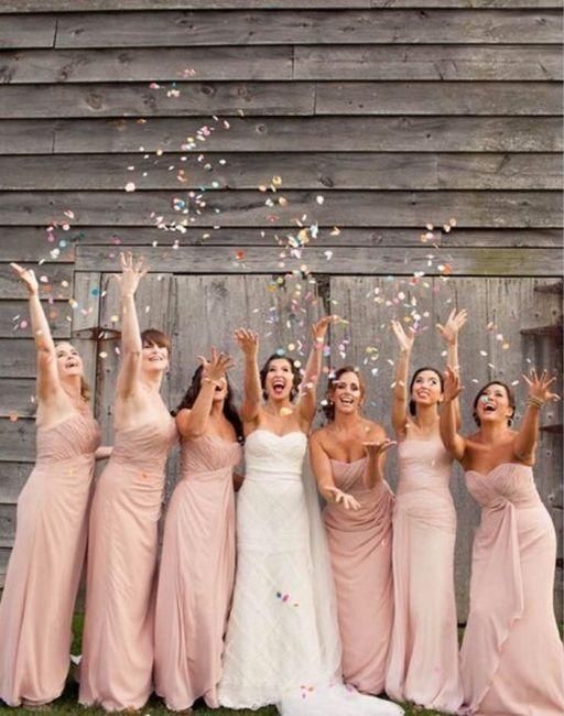 1bf9b47166 Es lindo recordar el momento en el que las damas de honor conocieron a la  novia