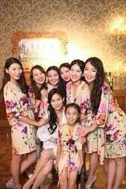Batas para damas y mami de la novia e hijita del novio