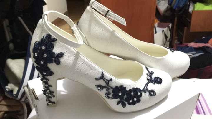 Mis zapatos check!! - 2