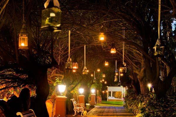 Bodas en jard n de noche for Decoracion jardin noche