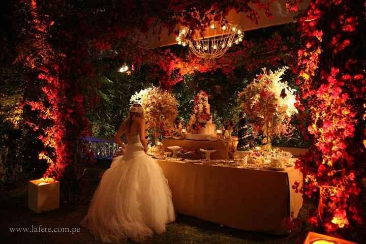 mesa de dulces y la novia