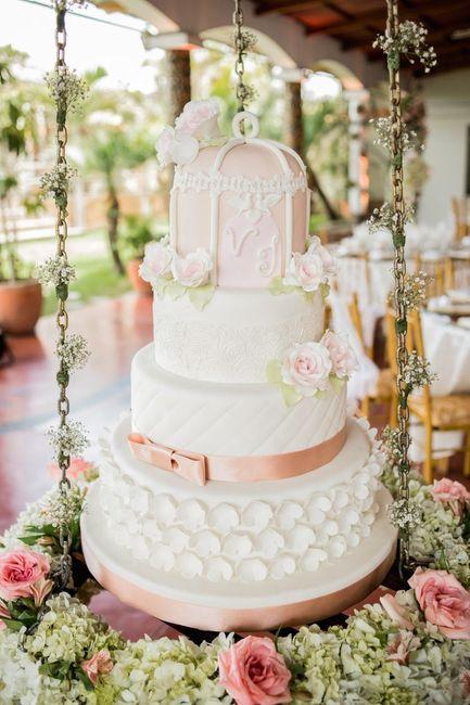 4 novias, 4 estilos - La torta 2