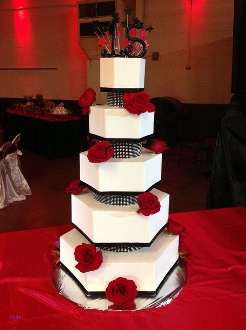 4 novias, 4 estilos - La torta 3