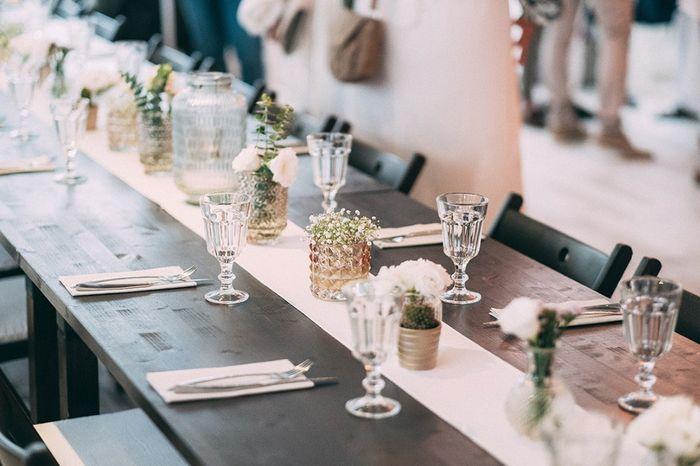 Encuentra la decoración de las mesas 🌈😍 1