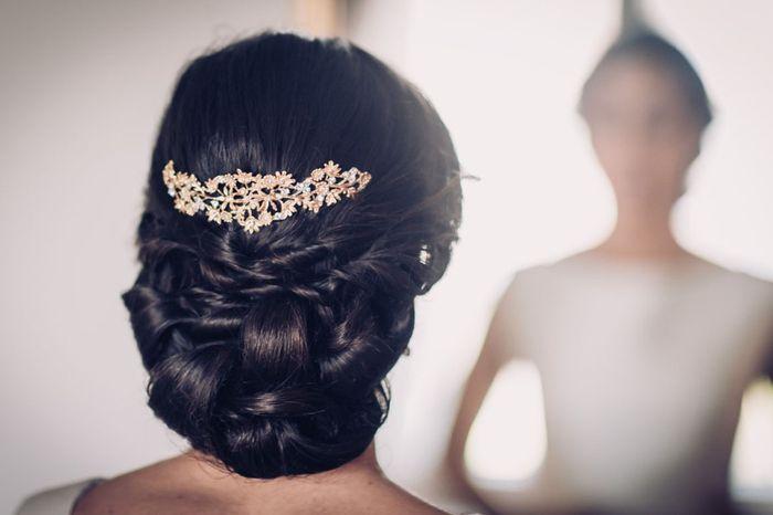 ¡Moños bajos para tu peinado de novia! 5