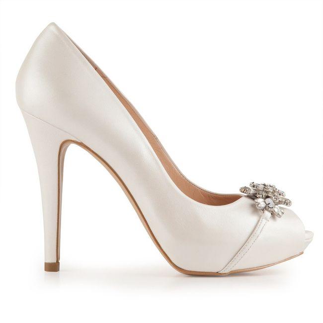 ¿Qué zapatos te gustan más? 👰 2