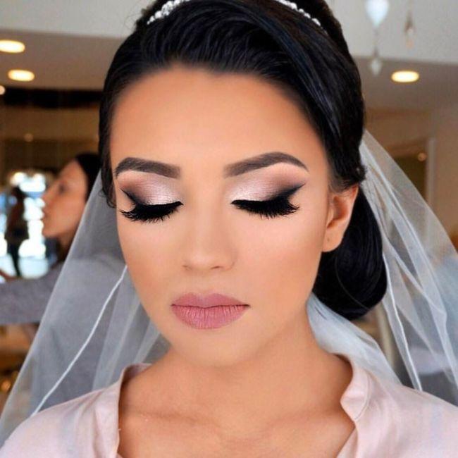 ¿Este maquillaje de novia merece un 0, 5 0 10? 1
