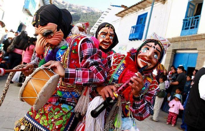 Máscaras y carnaval ¿Sí o No? 1