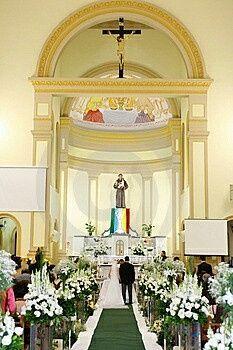 Iglesia con alfombra verde? - 2