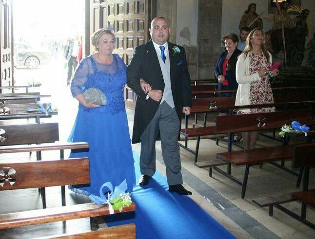 Iglesia con alfombra verde? - 4