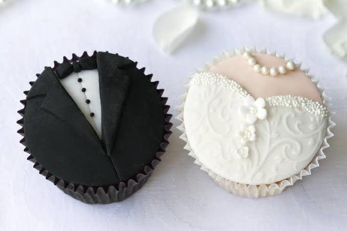 Torta de matrimonio Vs Cup Cakes 🎂 - 2