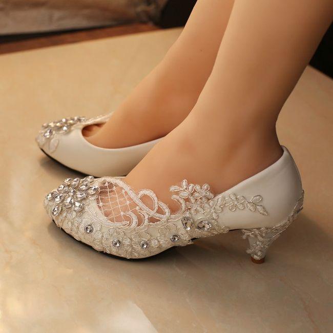 Zapatos bajos para novia 6