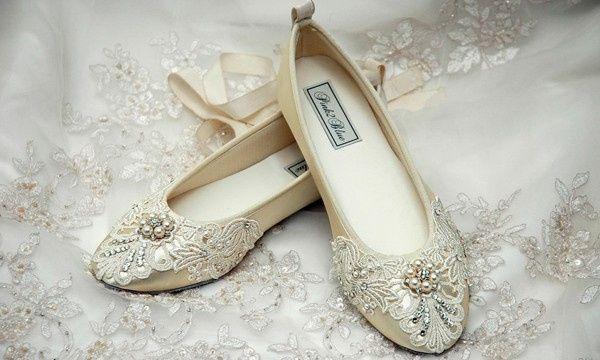 Zapatos bajos para novia 7