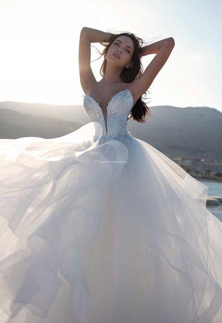 Vestidos de novia con un brillo muy especial  ✨ 1