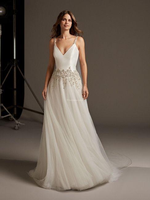 Vestidos de novia con un brillo muy especial  ✨ 7