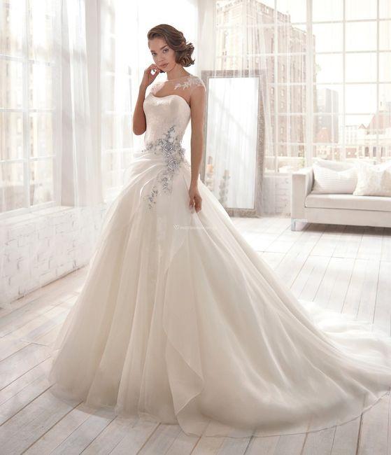 Vestidos de novia con un brillo muy especial  ✨ 9