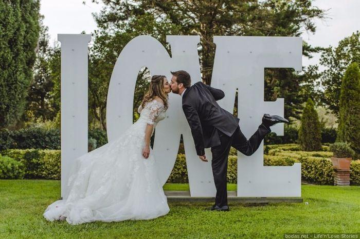 Carteles en tu boda: LOVE  ❤️ 3