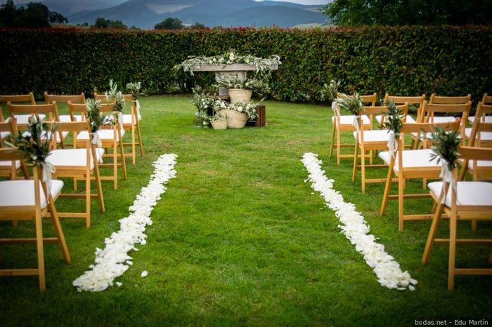 4 Ideas para decorar tu camino al altar 2