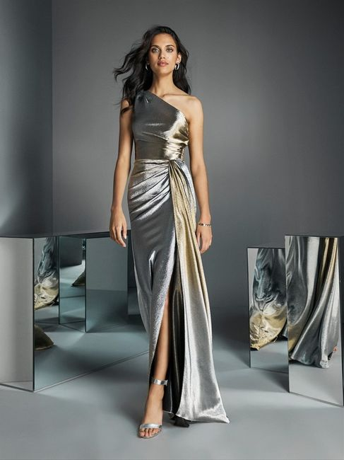 Look de invitada: 2 colores, 1 vestido 😍 2