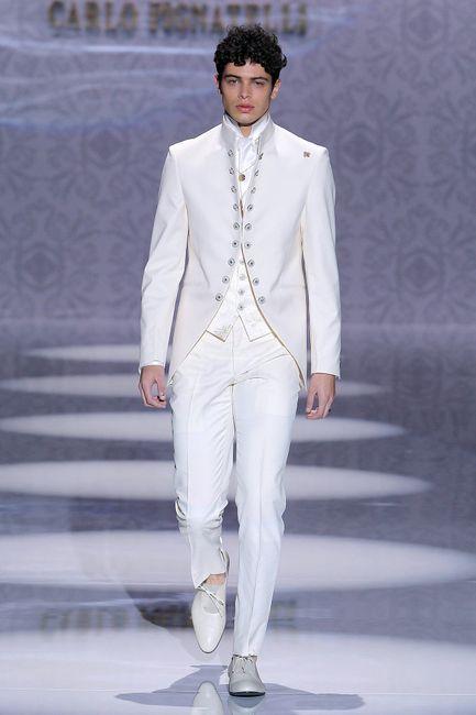 Novios que le dijeron SÍ al terno blanco 😍 8