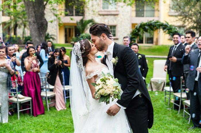 ¿Te gusta para tu boda? ¡Descúbrelo! y llévate un REGALITO Navideño 🎁🎄 1