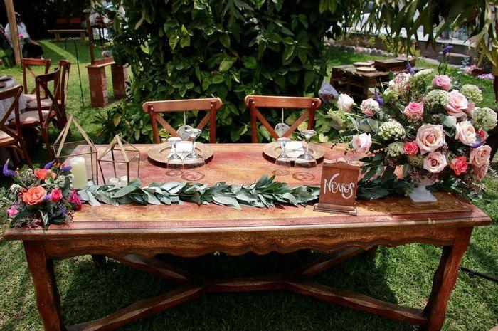 ¿Cuántos ❤️ le das a esta mesa de novios? 1