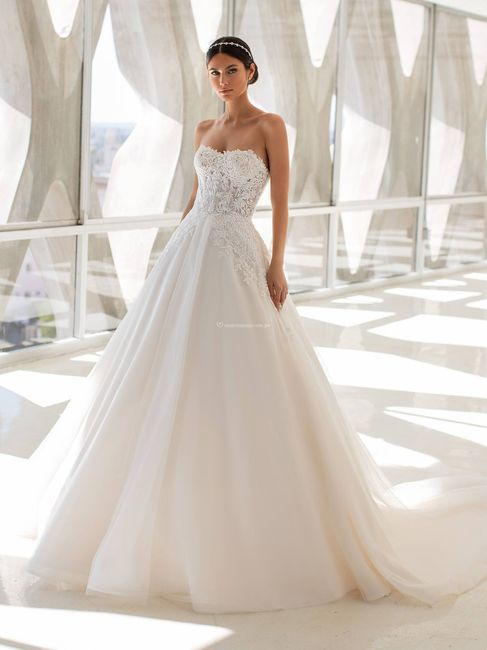 Vestidos de novia corte Princesa 2021 8