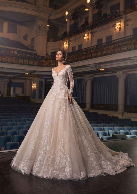 Vestidos de novia corte Princesa 2021 11