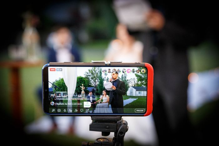 ¿Por qué plataforma de streaming trasmitirás tu boda? 1