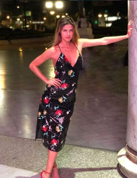 Los mejores looks de fiesta de Stephanie Cayo 👗 4